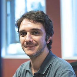 Thomas, Chủ nhiệm dự án